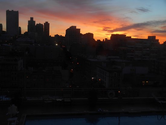 Holiday Inn Civic Center (San Francisco): Sunrise
