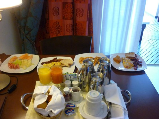 Iberostar Grand Hotel Rose Hall: Room Service Included - Breakfast in Bed