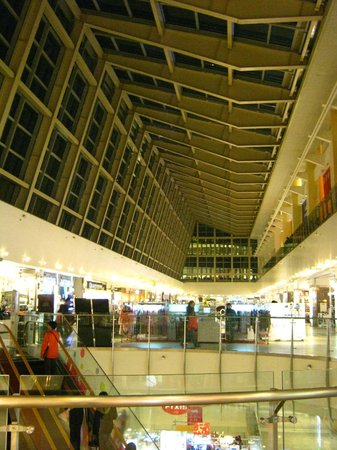 Dream Mall: Top floor roof at mall