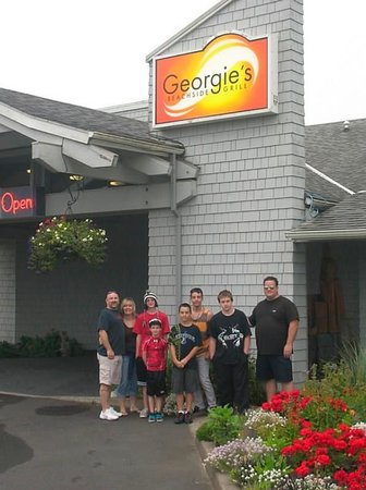 Georgie's Beachside Grill: My family loves Georgie's