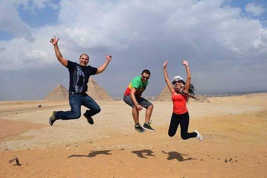 Ramasside Tours - Day Tours: Giza Pyramid