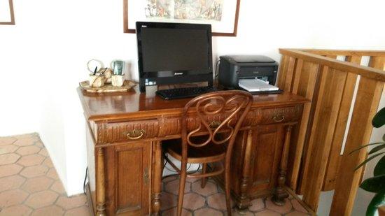 Hotel U Zeleneho hroznu (Hotel At the Green Grape) : hall dos quartos