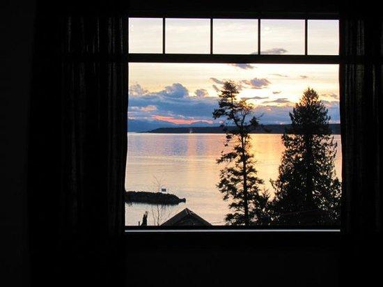 Beyond Bliss Suites : View toward Texada Island
