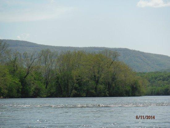 Shenandoah River State Park : Shenandoah River in Park