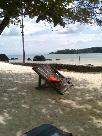 Koh Mak Buri Hut: Perfect white sand!
