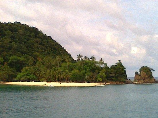 Koh Mak Buri Hut: Island paradise