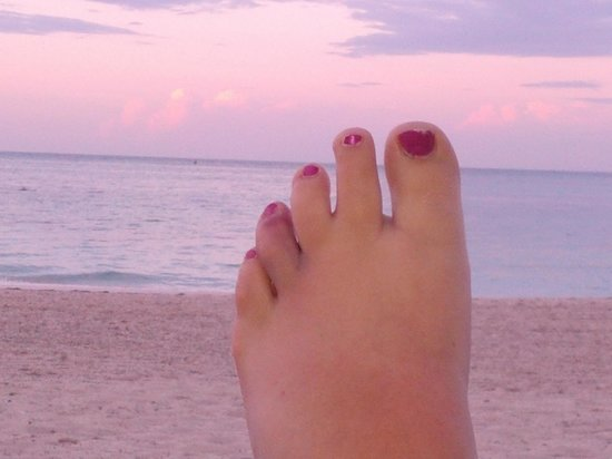 Meliá Caribe Tropical: Broken toe from slipping in bathroom, but everything looks good in a pic with this amazing beach
