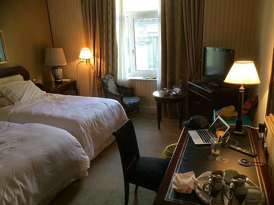 The Westin Palace Madrid: our room with two beds, third floor