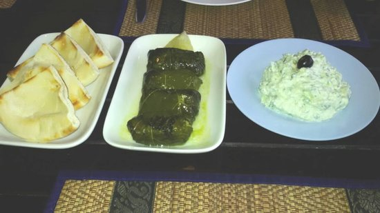 Pattayanis Greek Taverna : Dolmadis
