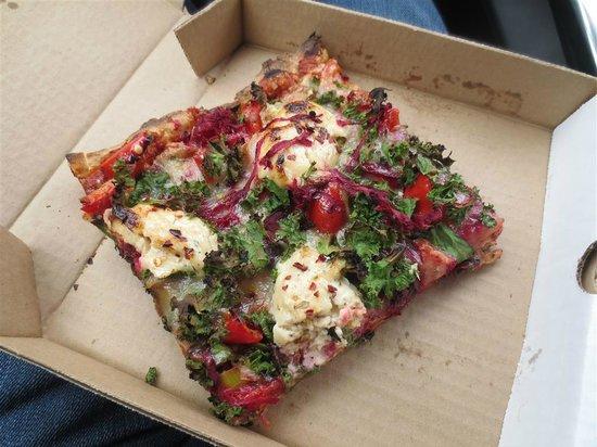 Alpine Bakery: Amazing Pizza !
