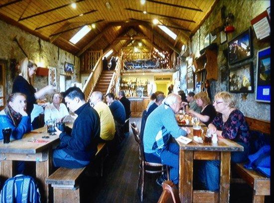 Ben Nevis Inn : Glen Nevis Inn - Great Venue