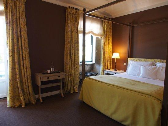 The Wine House Hotel & Restaurant : スーペリア (この部屋のみバスタブなし)