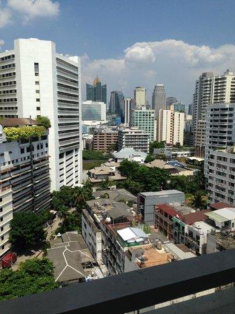 Shama Sukhumvit Bangkok: View of Suhkumvit