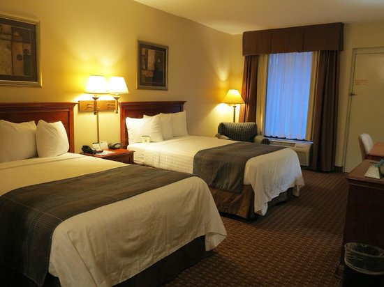 Best Western Plus Cary Inn - NC State: 2 double beds