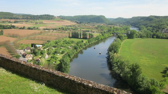 Dordogne Day Tours: From Chateau Beynac