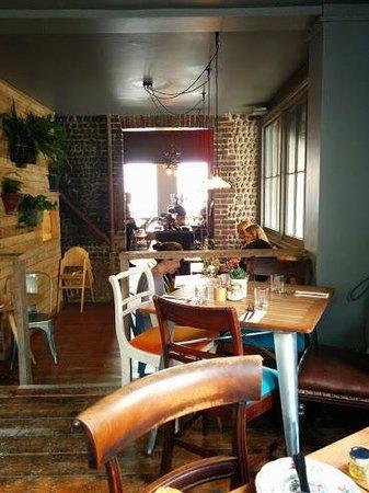 Artist Residence Brighton: Breakfast nook