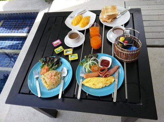 Seastone Pool Villas: complimentary breakfast