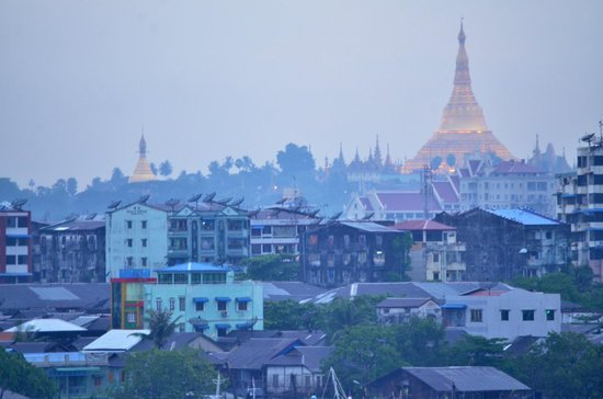 Mother Land Inn 2: Shwedagon View Point