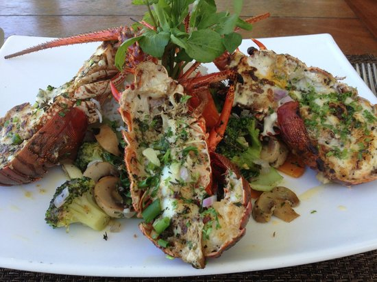 Green Island Beach Restaurant: Grilled lobster - (Fresh)