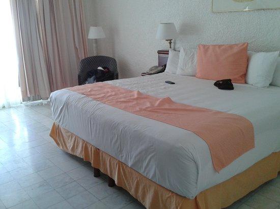 Tesoro Manzanillo: la habitación