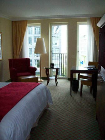 Berlin Marriott Hotel: meu quarto
