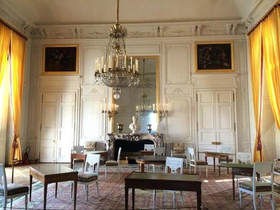 Les Trianons et le Hameau : family room