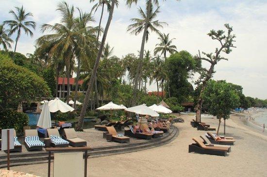Sheraton Senggigi Beach Resort: Pool/beach area