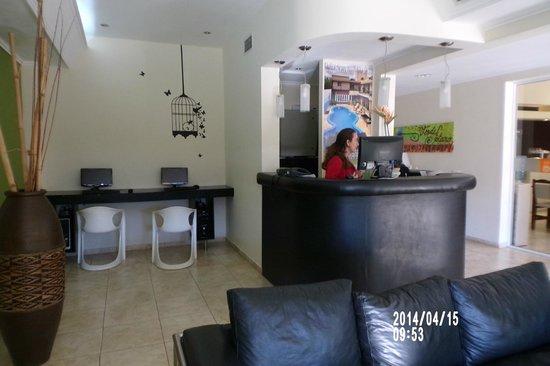 VerdeSolaro Suite Spa: RECEPCIÓN
