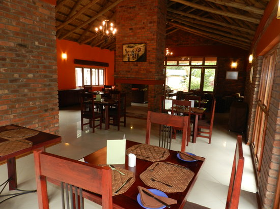 Kutandara lodge updated 2017 reviews price comparison for Dining room suites zimbabwe
