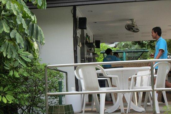 Patong Resort : Poolside bar