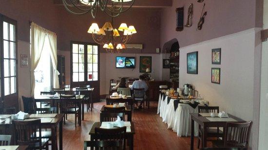 Hotel Beltran: Dining-room