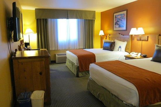 Best Western Plus Rio Grande Inn: 2 double beds