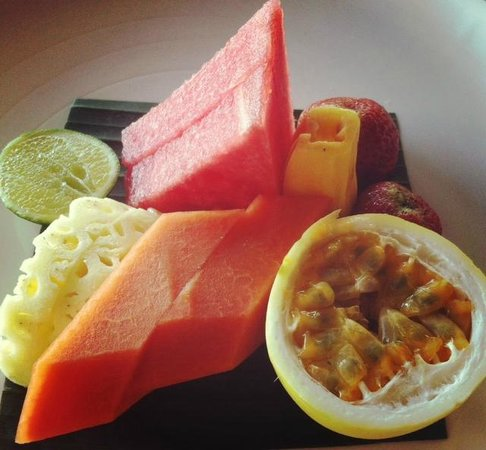 COMO Shambhala Estate: Healthy fruity breakfast