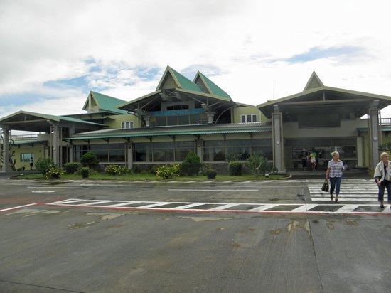 Cotton Bay Hotel: Aeroport
