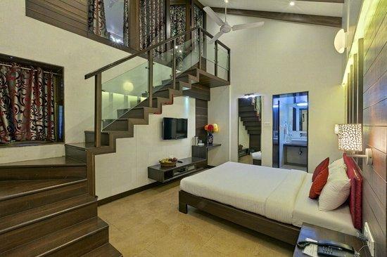 Hotel Shreyas: Duplex Cottage
