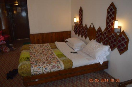 Shahenshah Palace Hotel: Bed