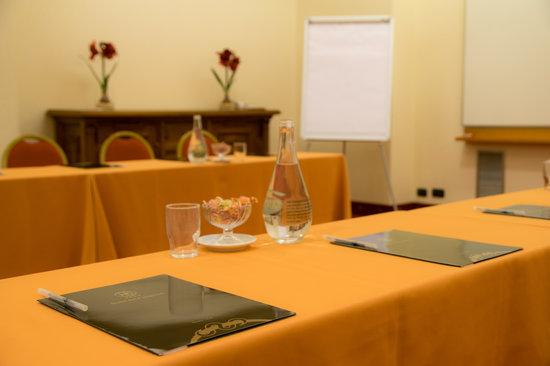 Hotel Dei Congressi: sala Dante