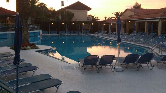 Diana Palace Hotel: Lovely pic of the pool