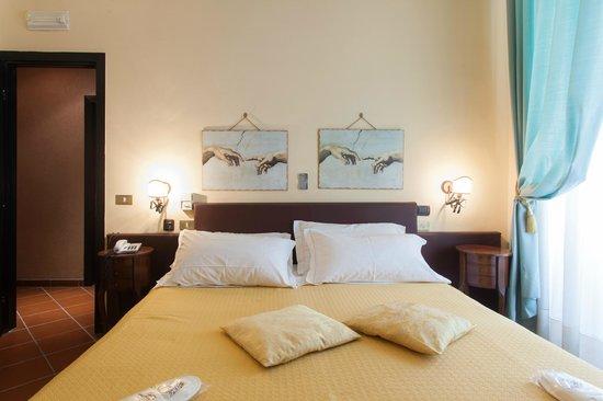 Hotel Toledo : Matrimoniale Superior