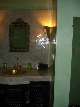 Dar el Souk : Bagno della camera familiare da 4