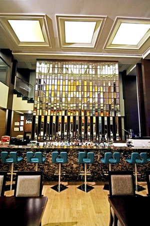 Luxent Hotel : Lush Bar
