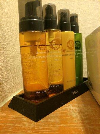 Toki Yuyu Rakuyu : All kinds of soap
