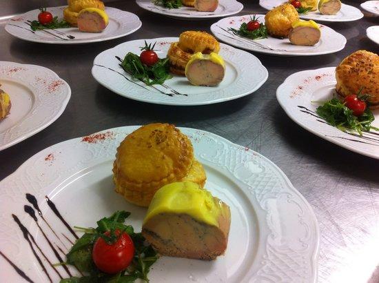 Gourmandy's : Foie Gras de Canard mi-cuit maison et son feuilleté à la compotée de Figues fraîche