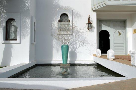 Riad Villa Blanche : Front of hotel