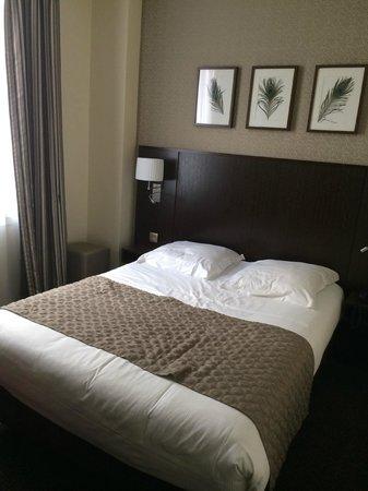 Eiffel Saint Charles: room 001