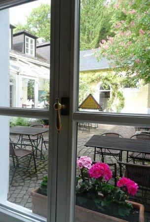 Ringhotel Altes Pfarrhaus Beaumarais : Aussicht Ebenerdig