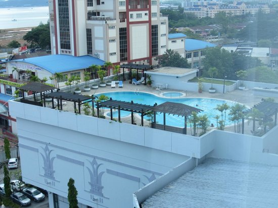 Bayview Hotel Langkawi: Could see hotel swimming pool from window!