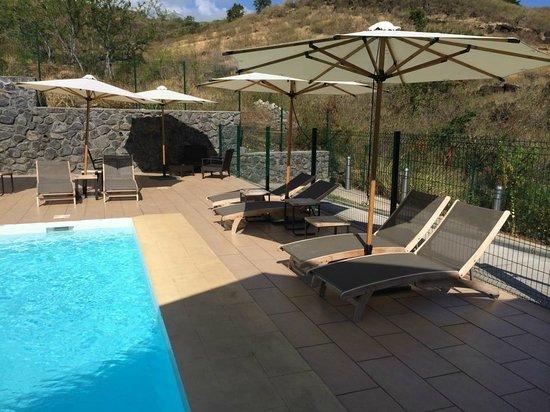 Tama Hôtel: Pool