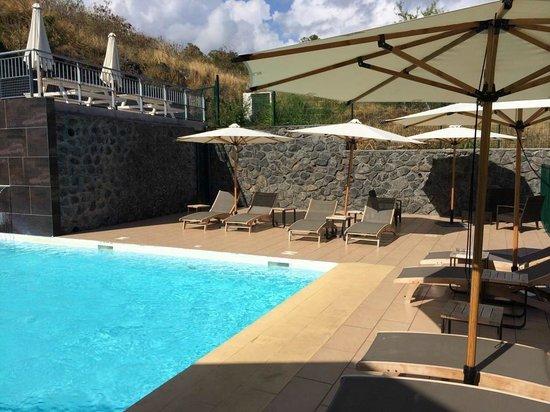 Tama Hôtel : Pool