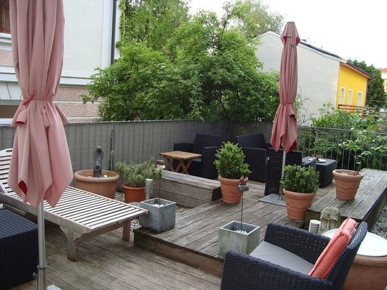 Bergland Hotel : Relaxing terrace of the hotel